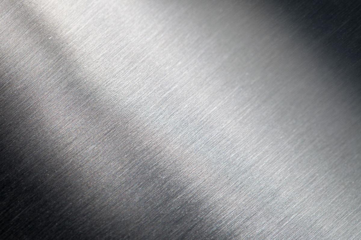 Painel microperfilado de cor cinza alumínio e cinza antracite